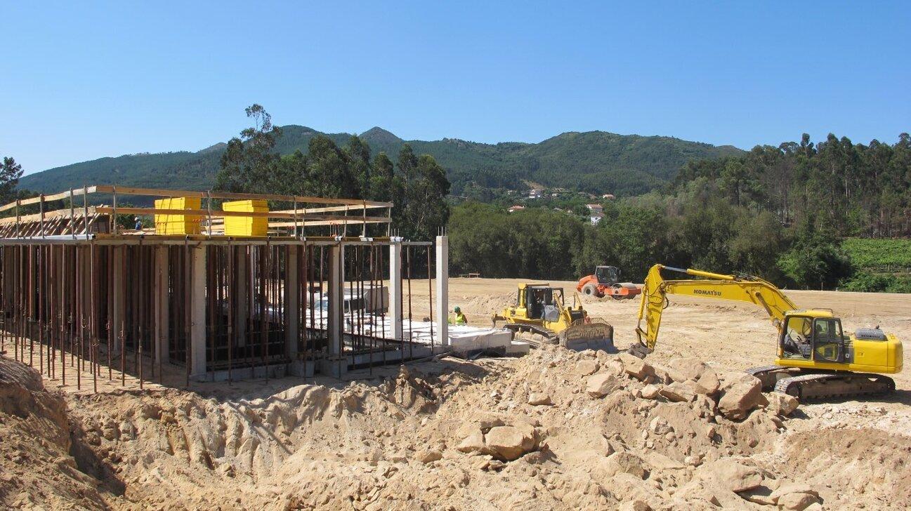 construcao_do_novo_campo_municipal_da_facha_004_1_1366_728